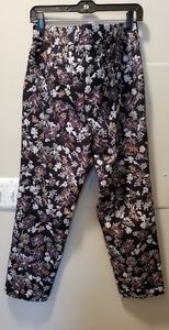 Black brocade floral slim Pant